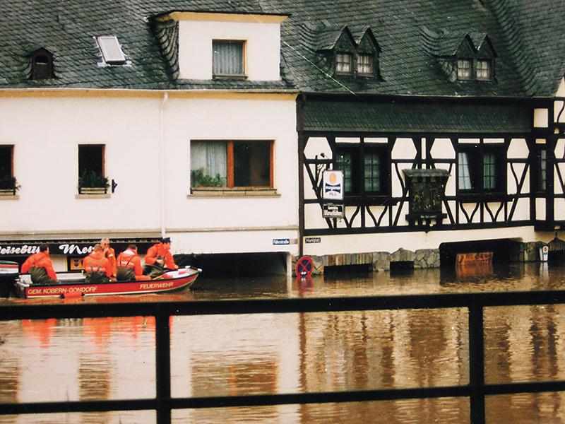 003-HW-Dez-1993-Fährstraße - Marktplatz
